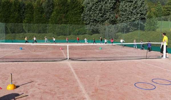 L'école de tennis bat son plein!