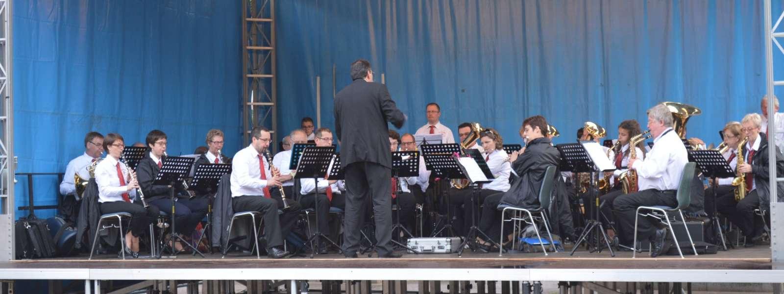 Concert de la Musique municipale dans le Parc du Casino