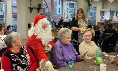 Fête de Noël à l'EHPAD avec les CMJ  1
