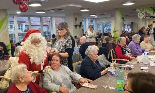 Fête de Noël à l'EHPAD avec les CMJ  2