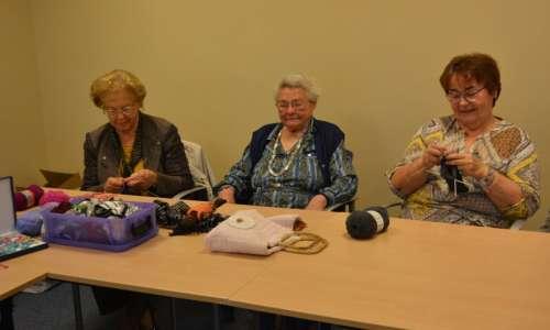 Les tricoteuses du service qualité de vie  1